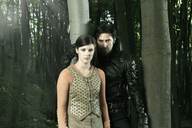 Richard Armitage and Lucy Griffiths as Guy and Marian